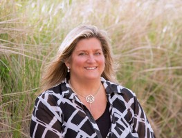 Mimi Huber, Lee Real Estate