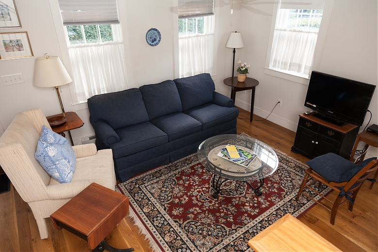 82 A Pleasant Street, Cottage Picture # 5