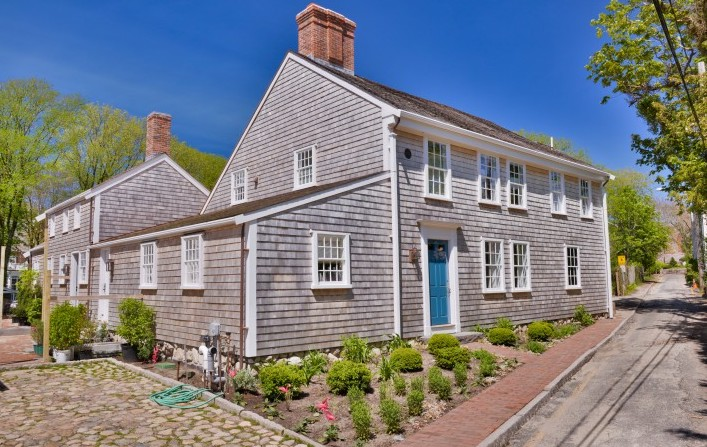 7 Judith Chase Lane – Main House Thumbnail